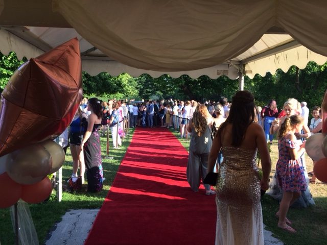 MINSTREL COURT PROM DANCE - RED CARPET CROWDS