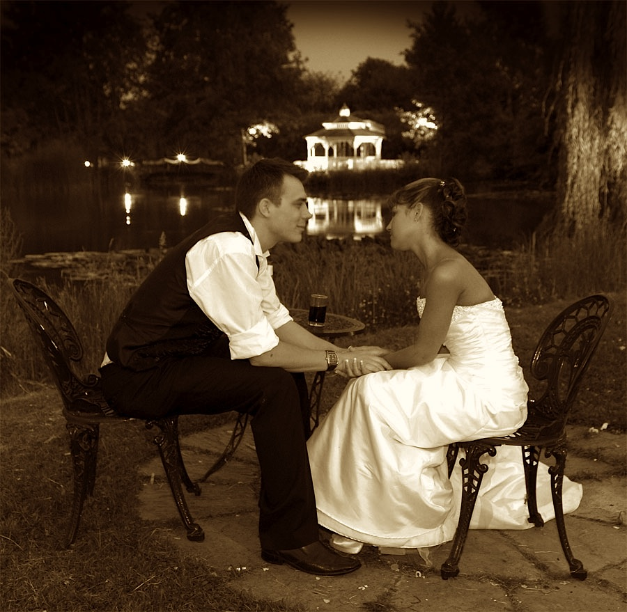 Minstrel Court Weddings - Evening over the lake