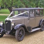 Minstrel Court Weddings - tranport - Antique Bentley