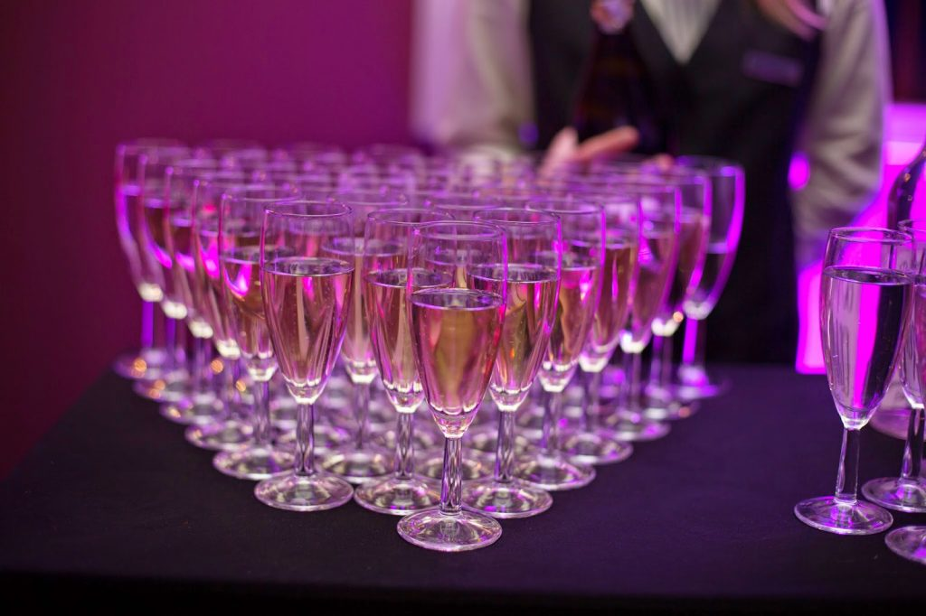 Diamond Of wedding toast Drinks