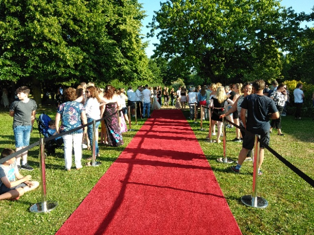 MINSTREL COURT PROM DANCE - RED CARPET