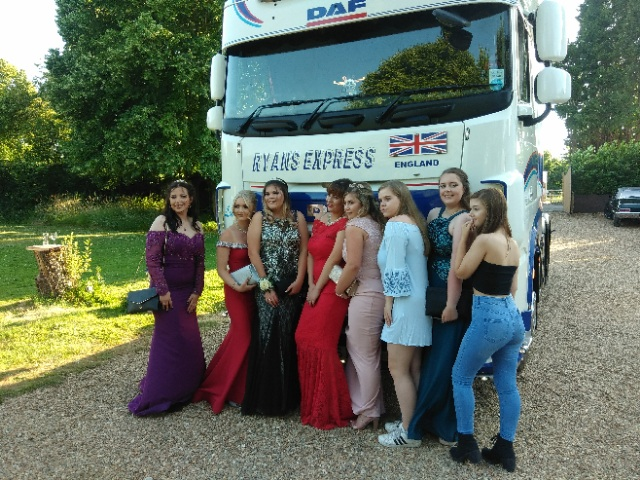 MINSTREL COURT PROM DANCE - LORRY