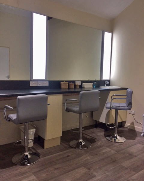 Minstrel Court Bridal Dressing Room with Daylight Panels