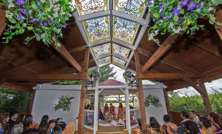 Minstrel Court Wedding Meadow Chapel - A summer Ceremony