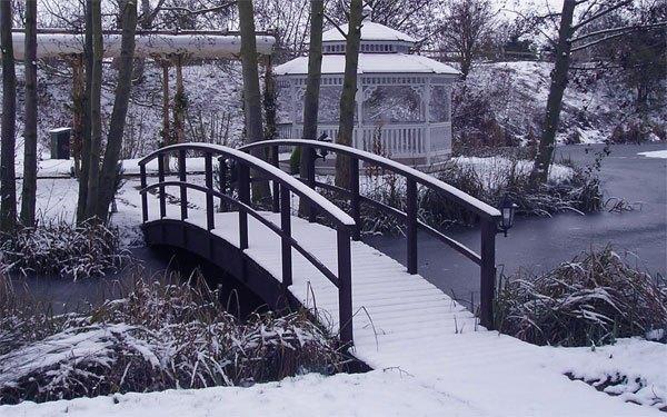 Minstrel Court Wedding - the island in winter