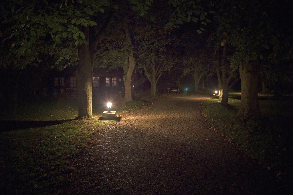 Minstrel Court Wedding - the summerhouse at night