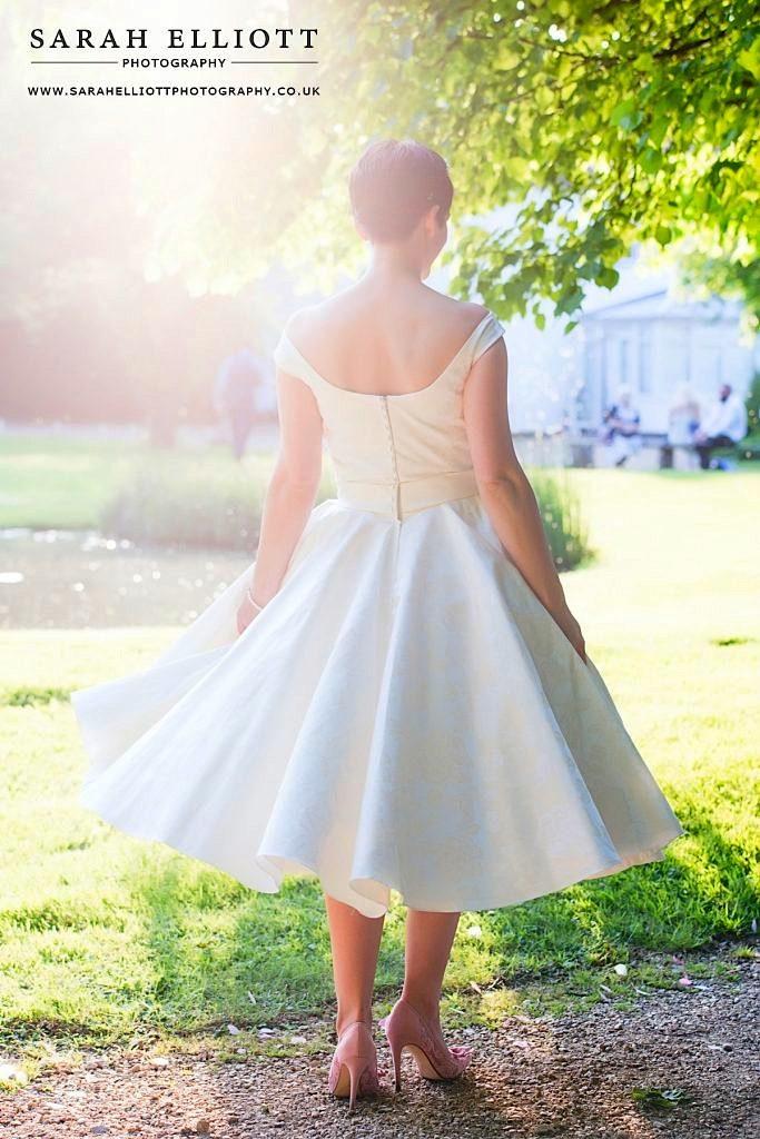 Minstrel Court Weddings - a Summer Bride