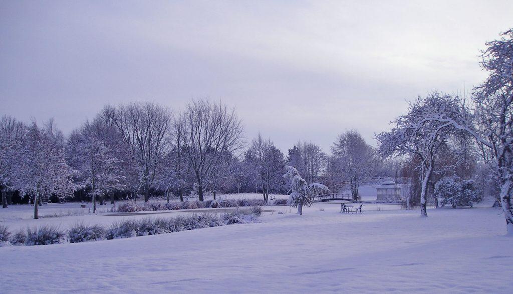 minstrel court wedding snowscape